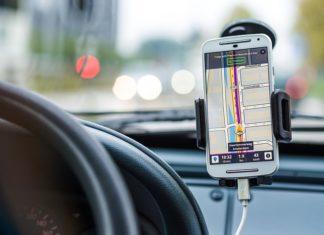 Jaki uchwyt samochodowy do telefonu i tabletu