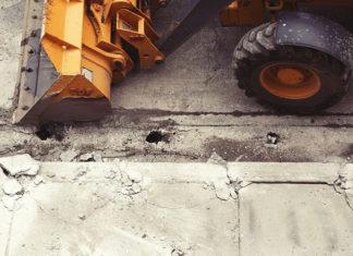 Dlaczego maszyn budowlanych nie naprawia się byle czym?