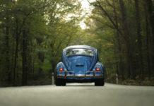Przedwakacyjny przegląd samochodu. O czym należy pamiętać i co ze sobą zabrać?