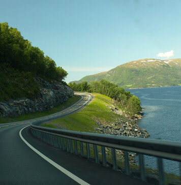 Jak poruszać się po Norwegii